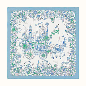 La Folle Parade scarf 90