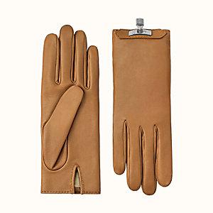 Soya gloves