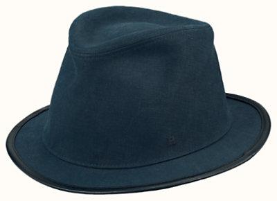 Travis hat