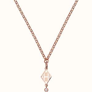 Gambade pendant