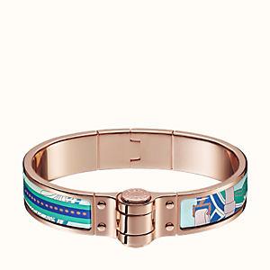 Balade en Berline hinged bracelet