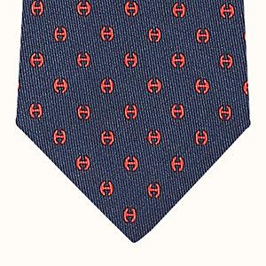 H Tonneau tie
