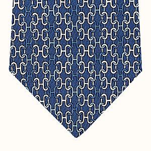 Rainbow Loom tie