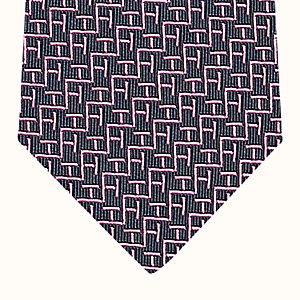 H Light tie