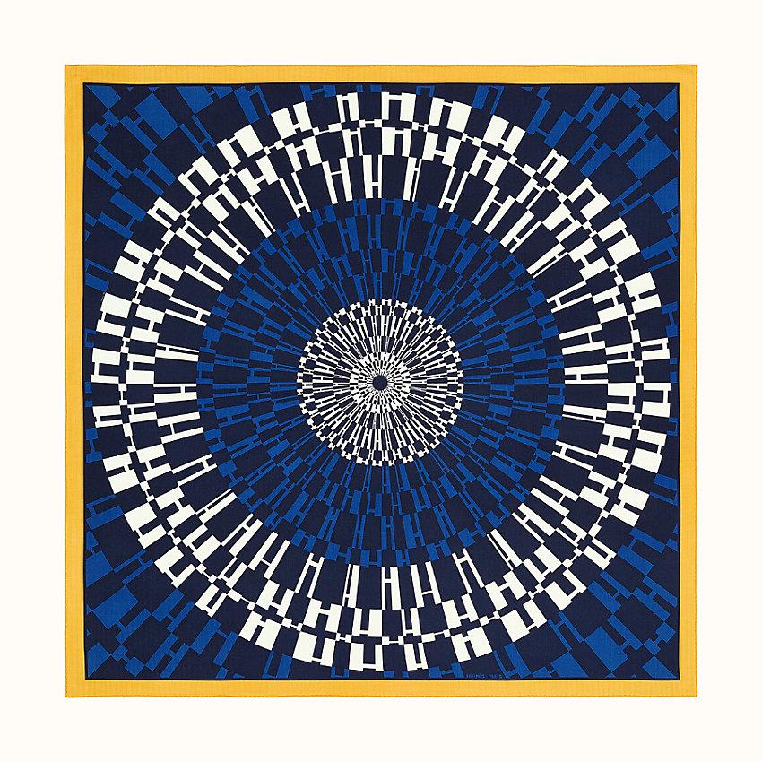 zoom image, Op'H shawl 140
