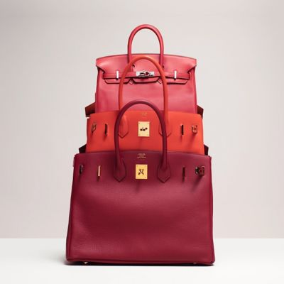fd916f48225 It comes in cowhide, ostrich leather and calfskin  and in two new  dimensions  30 and 35 centimetres, and later in 25 centimetres. The Birkin  varies ...