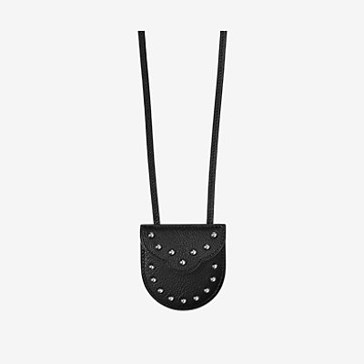 Carnaby pouch necklace -