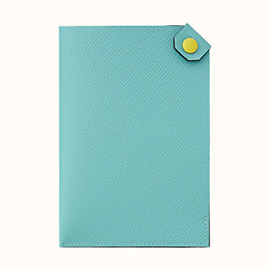 Tarmac Dot passport holder