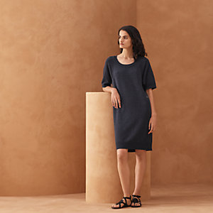 Short-sleeve dress