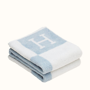 Avalon towel