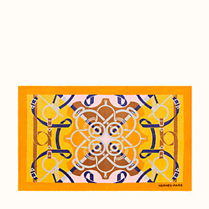 Eperons d'Or beach towel