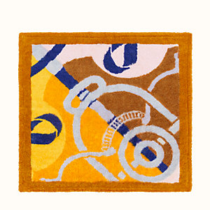 Eperons d'Or square beach towel