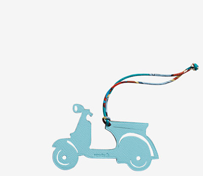 Scooter charm -