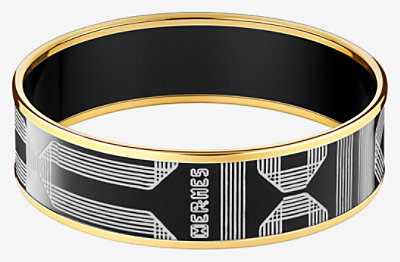 Rubans d'Hermes engraved bangle -