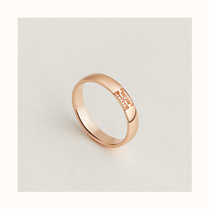 Ever Herakles wedding band