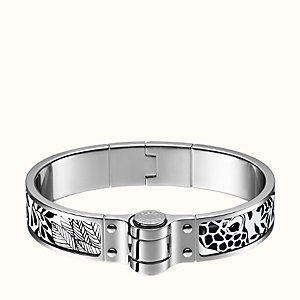 The Three Graces hinged bracelet