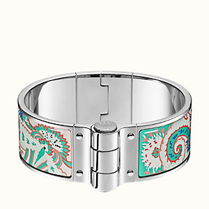 Paisley from Paisley hinged bracelet
