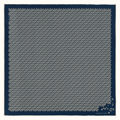 Un Tour au Faubourg pocket square 45