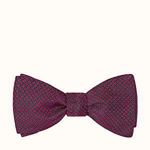 H Flyer bow tie