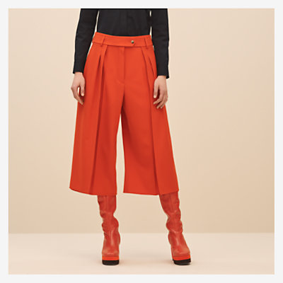 Pleated pants -