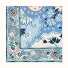Le Carré et accessoires en soie disponible maintenant - Hermès 7eb0739b4f1