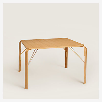 Equis d'Hermes table -