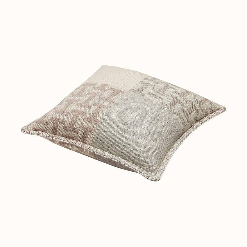 zoom image, Avalon Terre d'H pillow