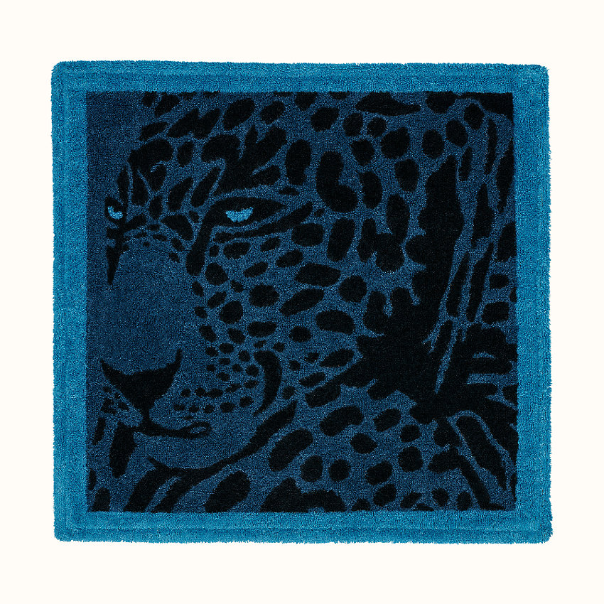 zoom image, Cheetah square beach towel