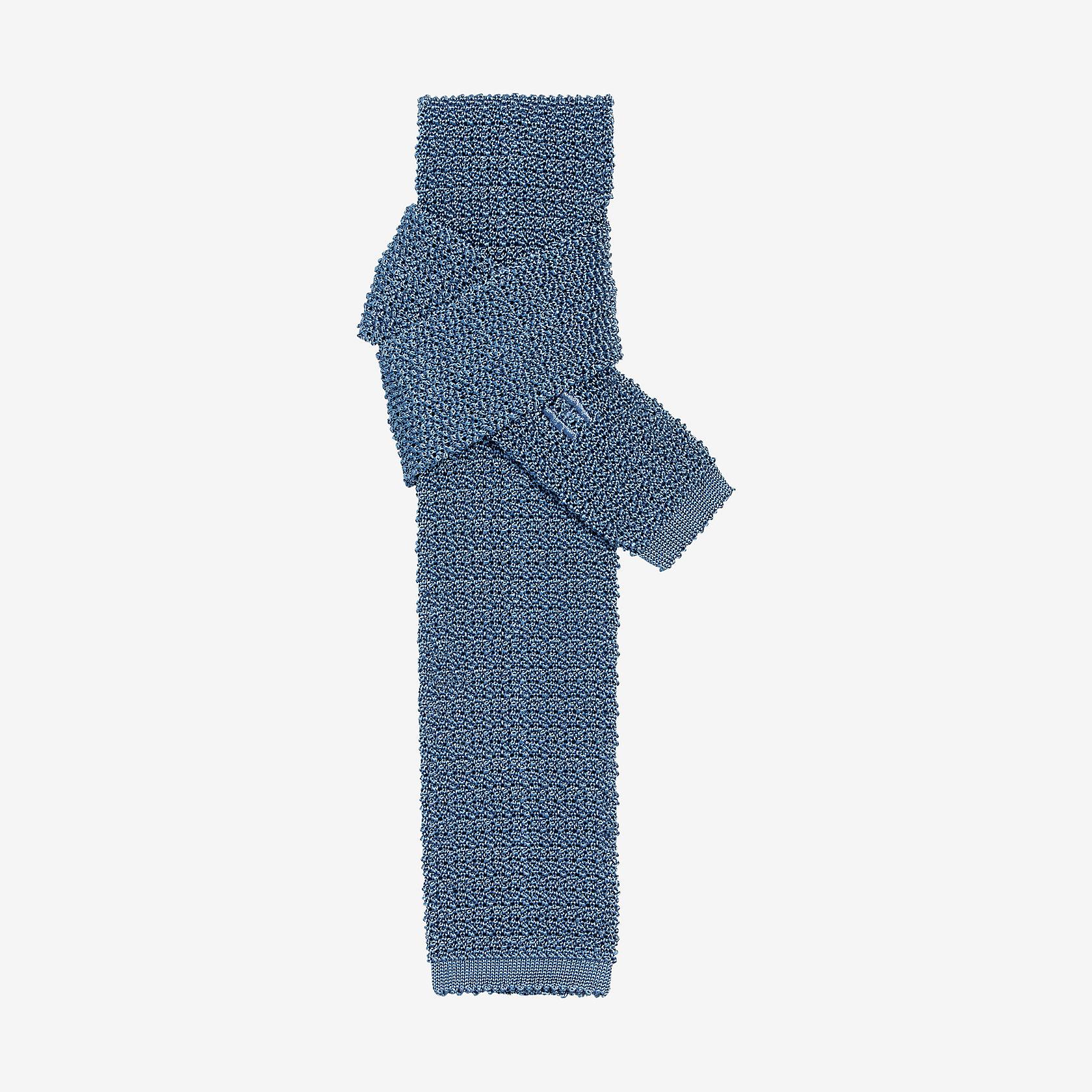 sur des coups de pieds de vraie affaire jolie et colorée Cravate Tricot de soie unie