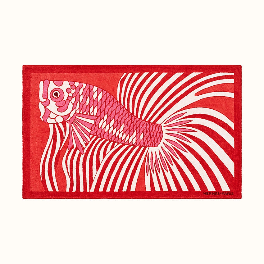 zoom image, Dancing Fish beach towel
