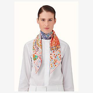 Fleurs de Giverny scarf 90 - worn