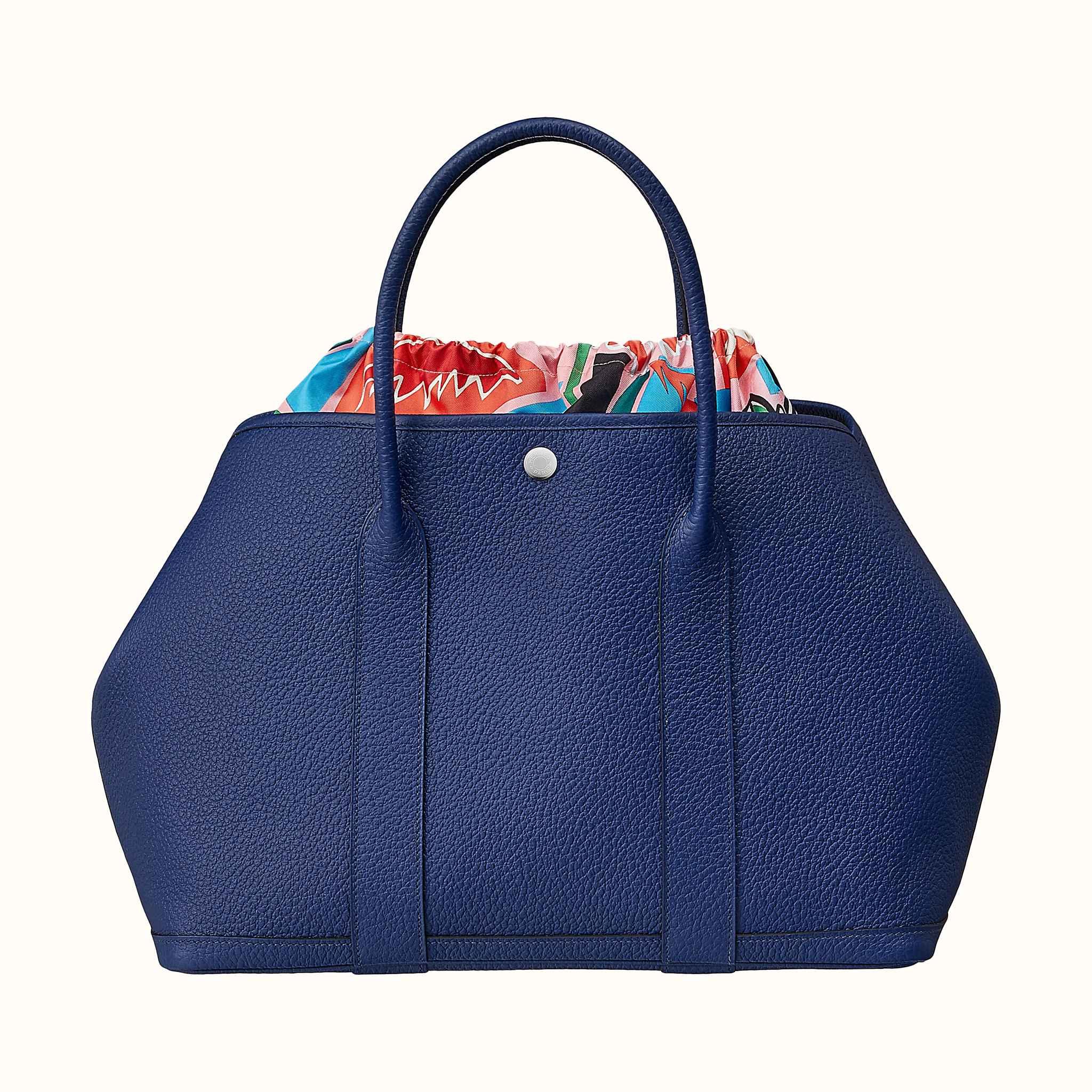2c82351a1293 Garden Pouch 36 bag