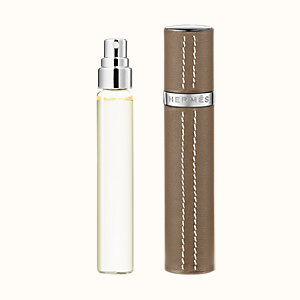 Un Jardin sur le Nil Set of 3 Eau de toilette refills & Refillable leather case