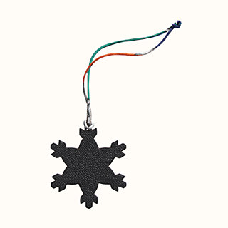25mm by 23mm 8 pc MIS-041* Enameled White and Silver Snowflake Charms