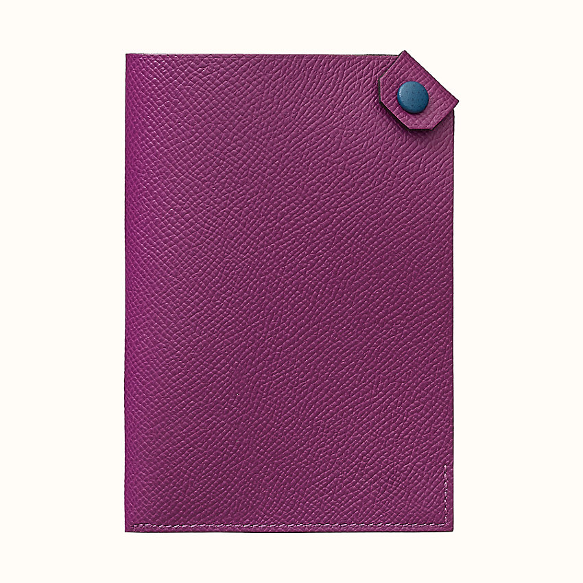 zoom image, Tarmac Dot passport holder
