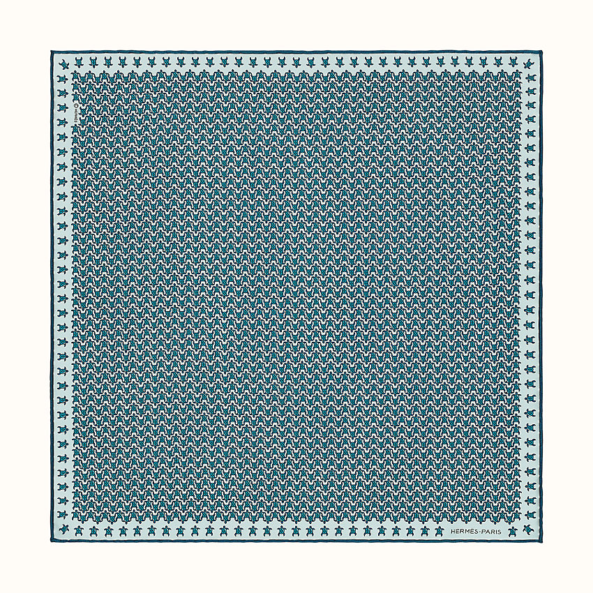 zoom image, Tortue 24 pocket square 45