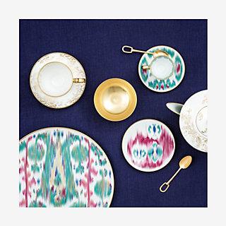 Voyage en Ikat dinner plate - context  sc 1 st  Hermes & Voyage en Ikat dinner plate | Hermès